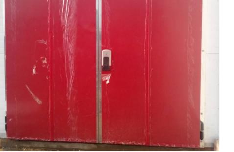 """ООО """"Белхолод Маркет"""" изготавливает холодильные двери любого цвета по палитре RAL"""